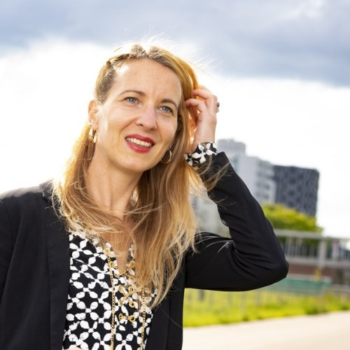 Esther S Pronker, PhD